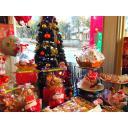 ケーキ屋のクリスマスディスプレイ