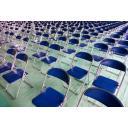 体育館のパイプ椅子