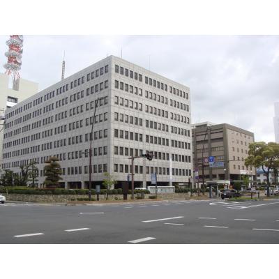 高松法務合同庁舎と高松高等裁判所