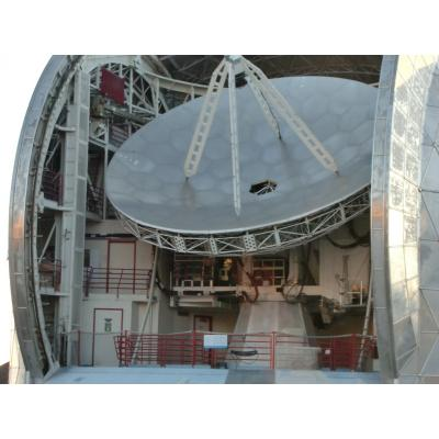 マウナケア山頂付近の天文台 望遠鏡