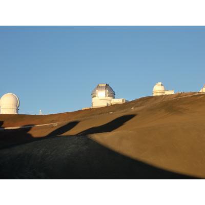 マウナケア山頂周辺にある望遠鏡