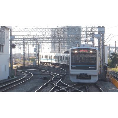 藤沢駅に入線する3000形