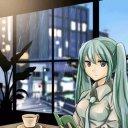 雨の喫茶店で読書するミクさん